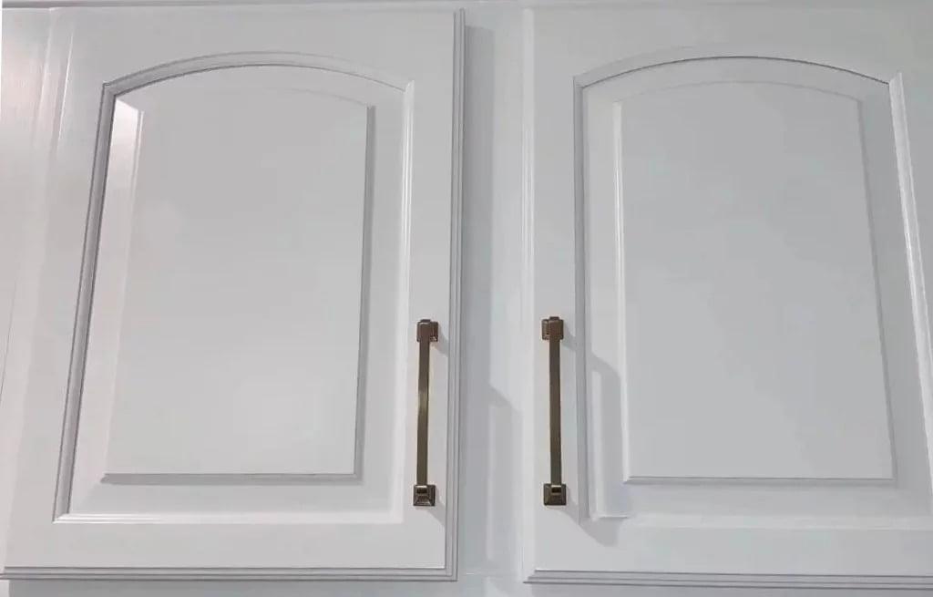 Mr Faux painted kitchen cabinetry makeover colors Chantilly Lace & Van Dreusen Blue Leesburg Va Designer Lauren Wodocka